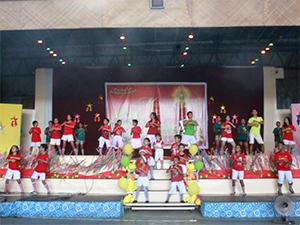カパティ:セブ奨学生のクリスマス会:楽しい催し